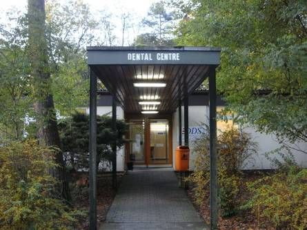 Sennelager Dental Centre entrance